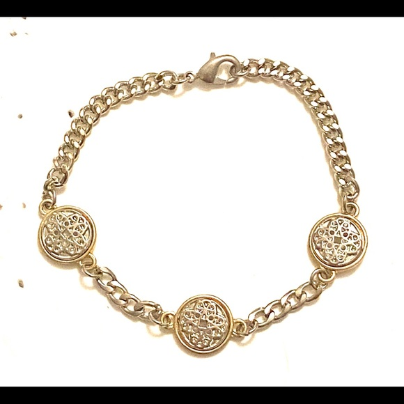 Jewelry - Silver gold mixed metal bracelet